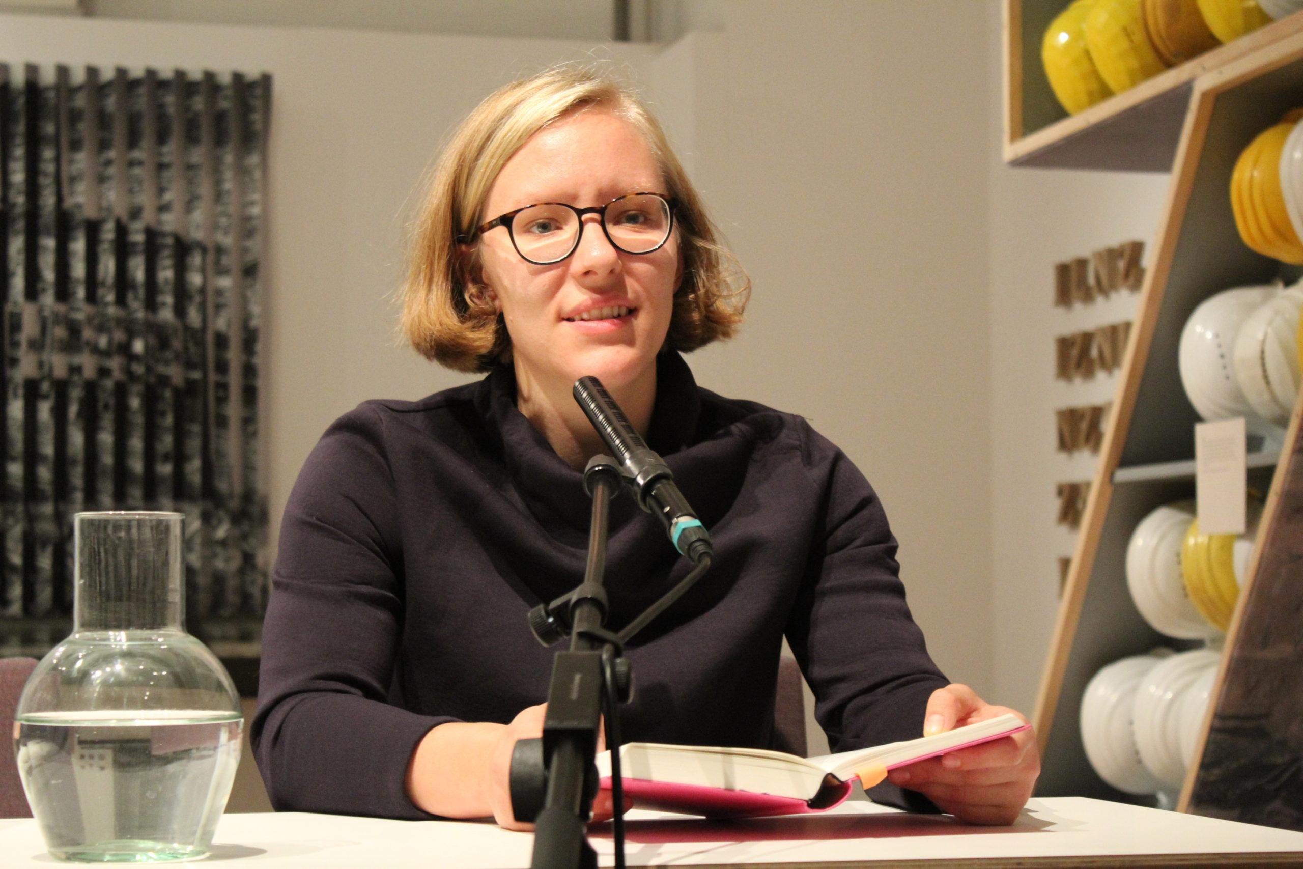 Tino Schlench - Literaturpalast - Linz - Raphaela Edelbauer